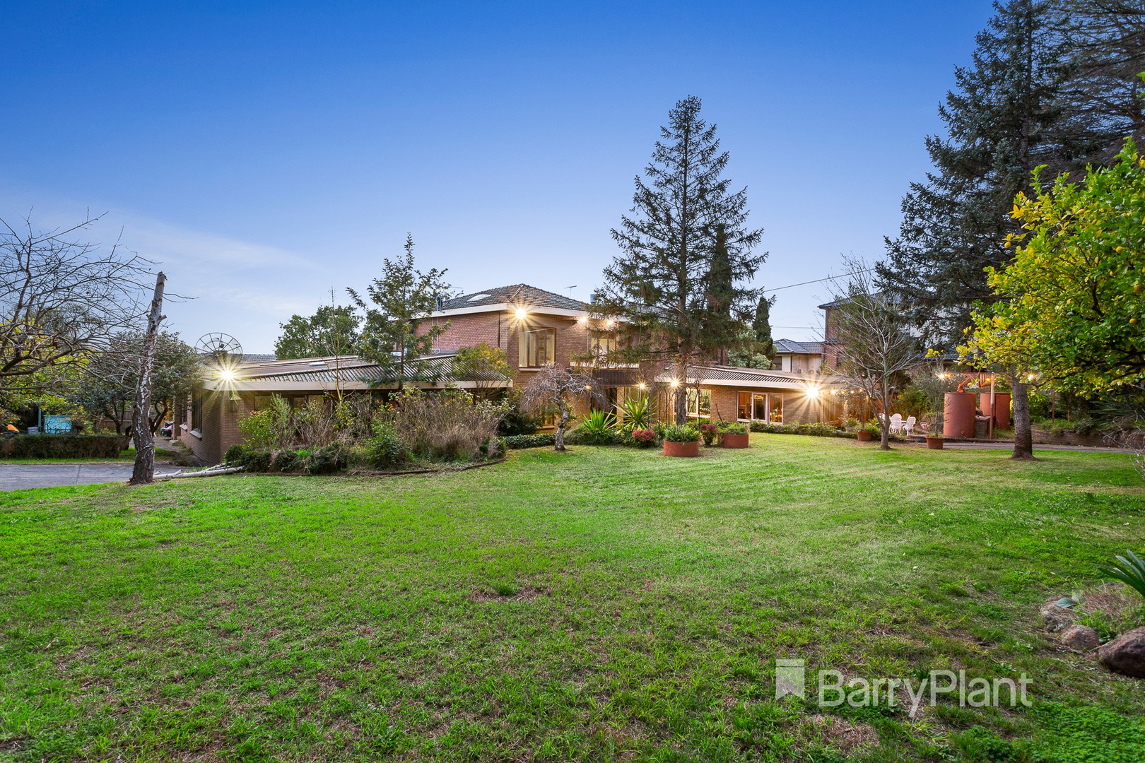 333-337 High Street Templestowe Lower, VIC 3107 - | Barry Plant