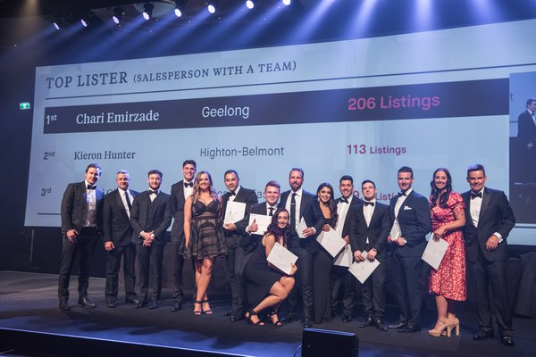 Top Lister (Salesperson with a Team) | 1st Place 2018