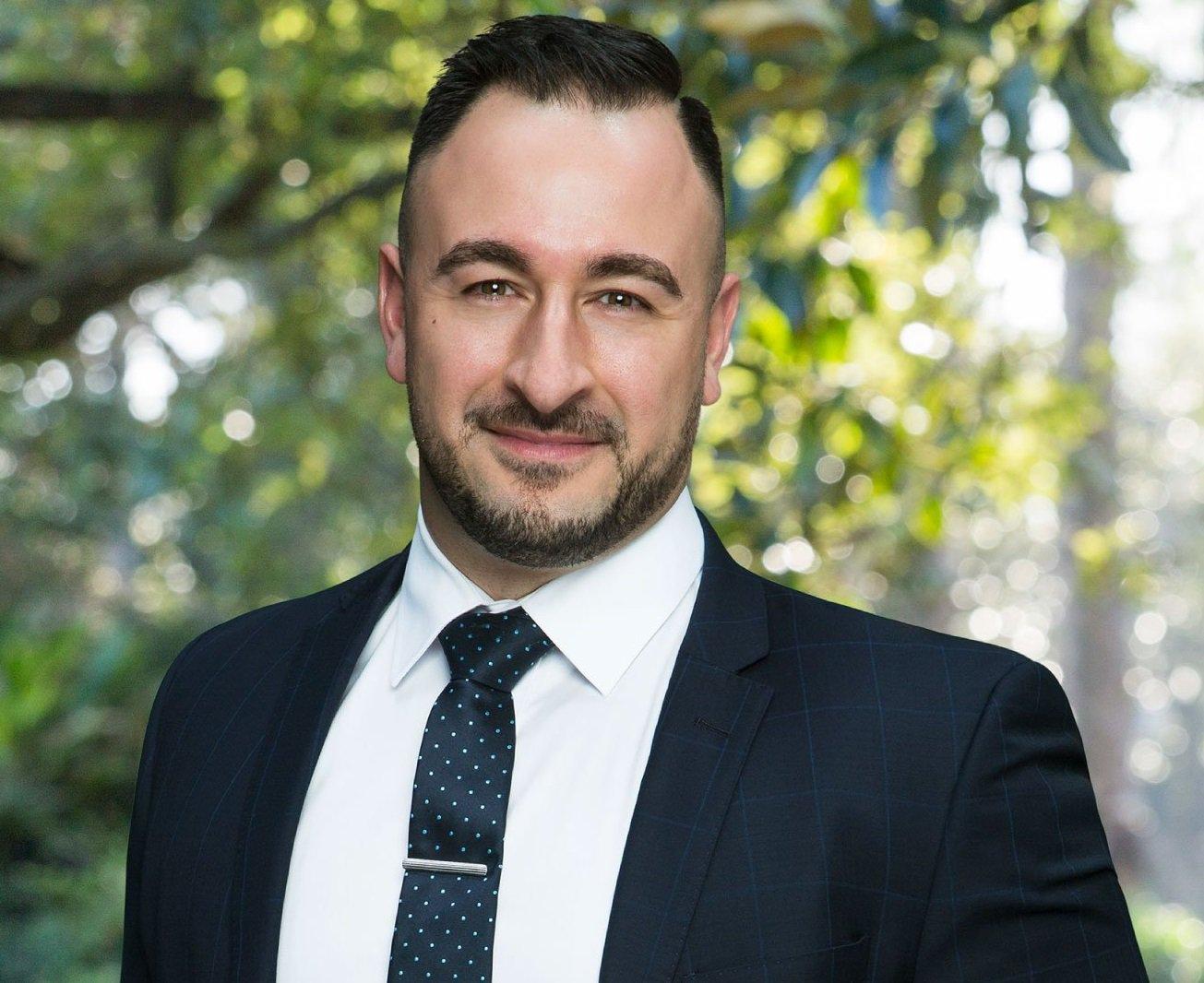 Steve Sfindilis